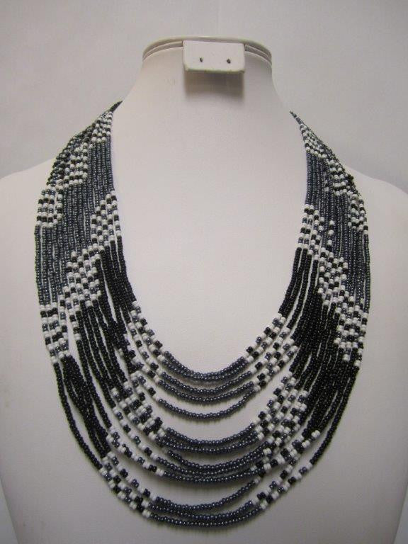 Umbrella Short Necklace Black Grey and White