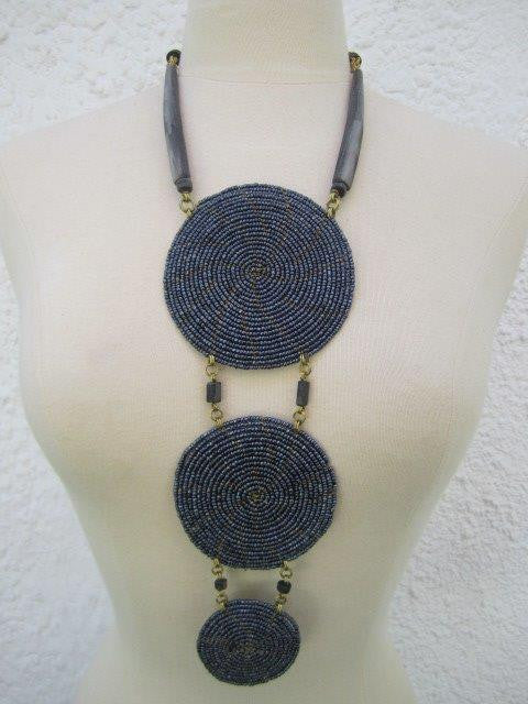 Triple Disc Necklace with horn Metallic Grey