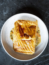 Load image into Gallery viewer, Chicken and Leek Pie