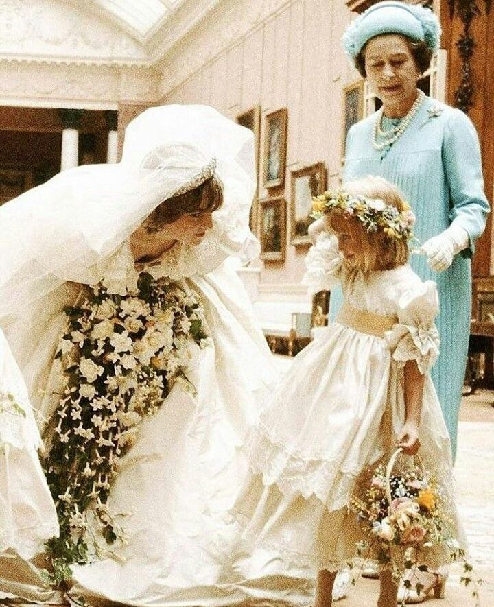 FLOWER GIRLS THROUGHOUT THE YEARS
