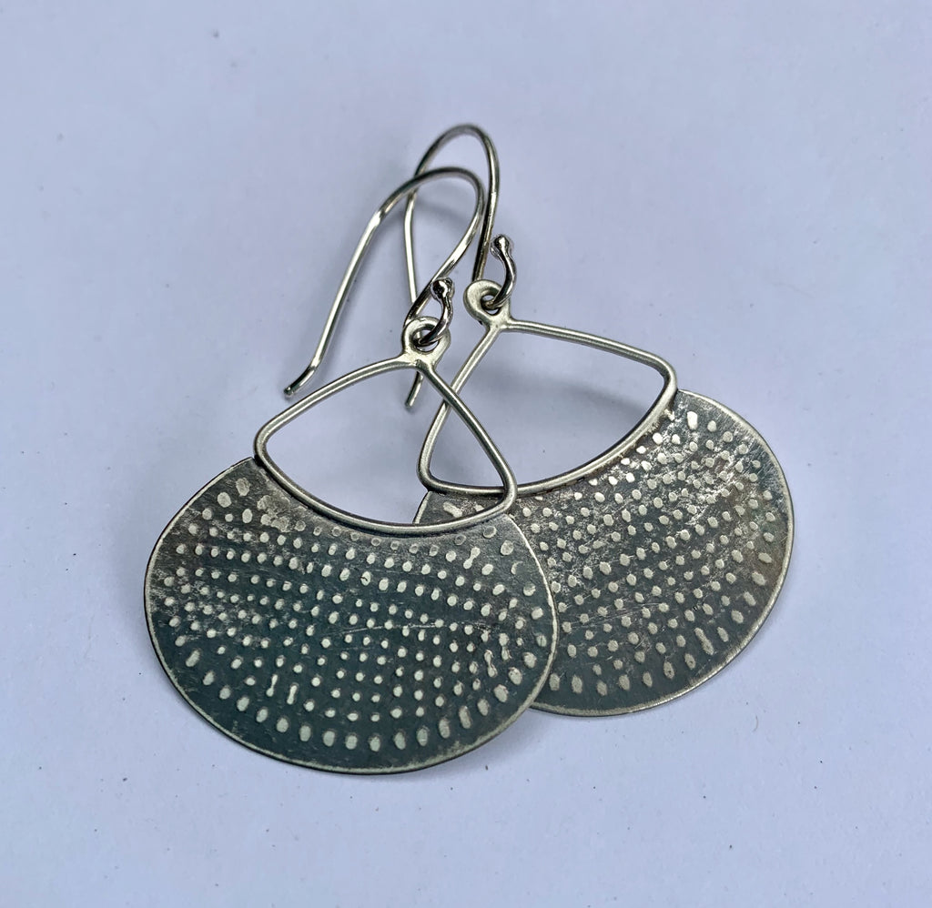 TEXTURED SILVER DROP EARRING