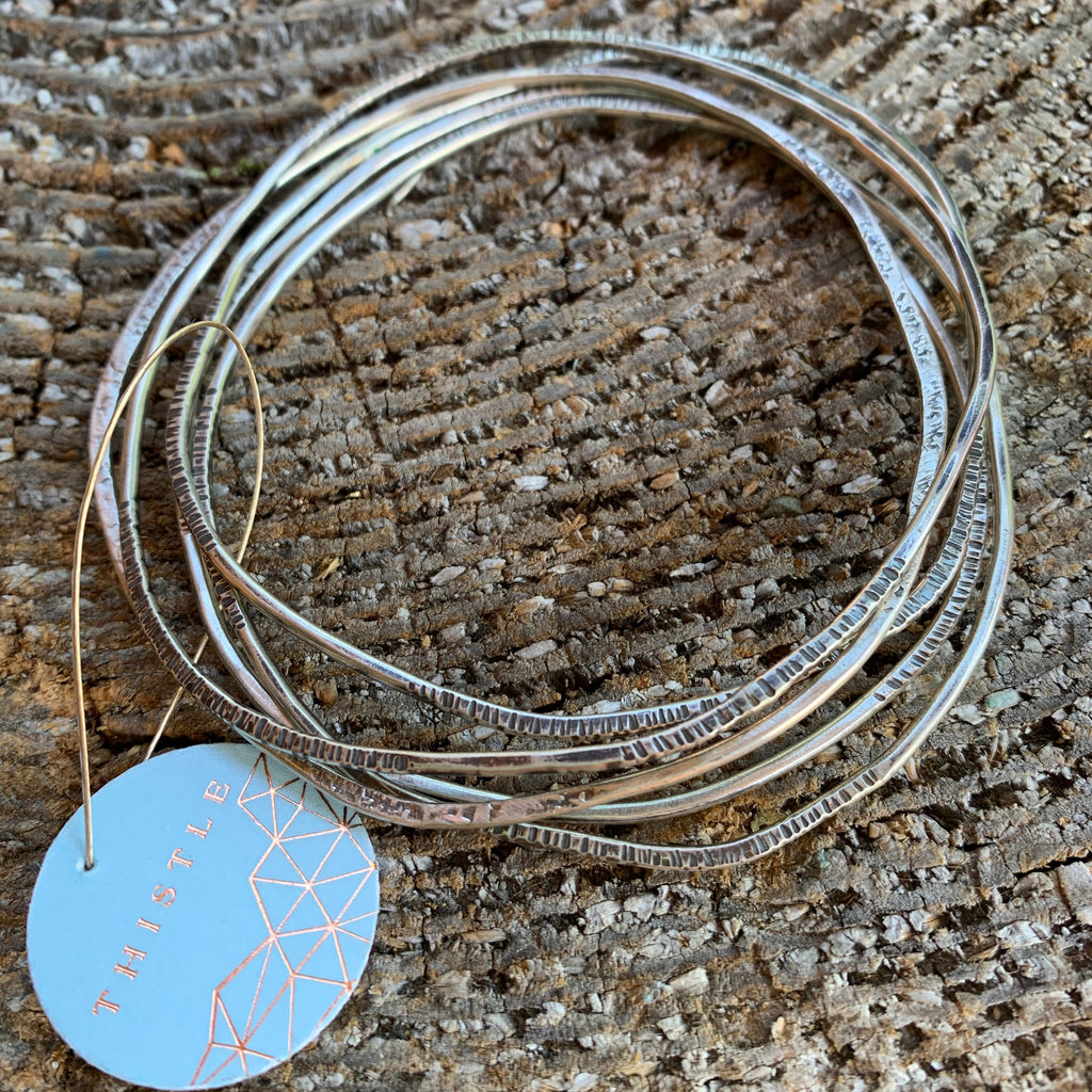 LIGHT TEXTURED BANGLES-SET OF 5