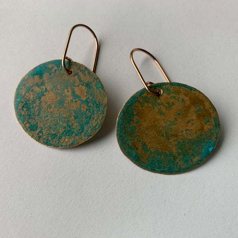 RUSTIC VERDIGRIS DISC EARRING-MEDIUM