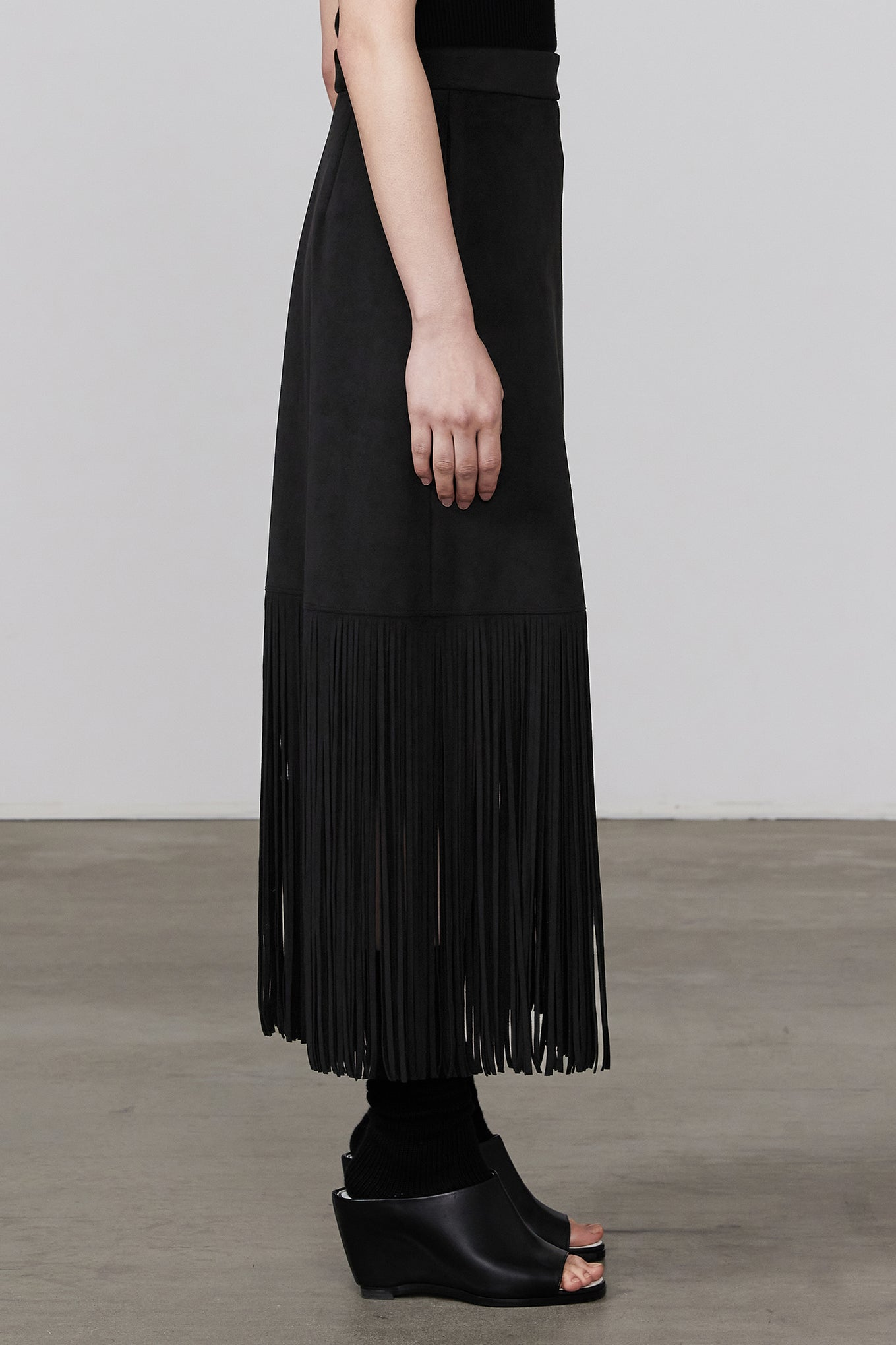 FAUX SUEDE FRINGED SKIRT