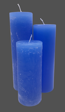 Load image into Gallery viewer, Dalina flower candle | medium blue | ~ 130h burning time
