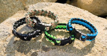 Survival Bracelet with Whistle