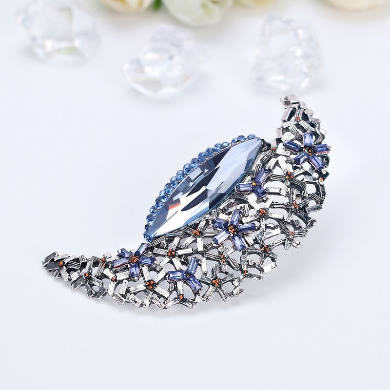 Korean Fashion Cute Star Moon Alloy Diamond Brooch Hot Sale Women's Accessories