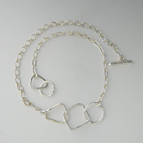 Three shapes t-bar necklace