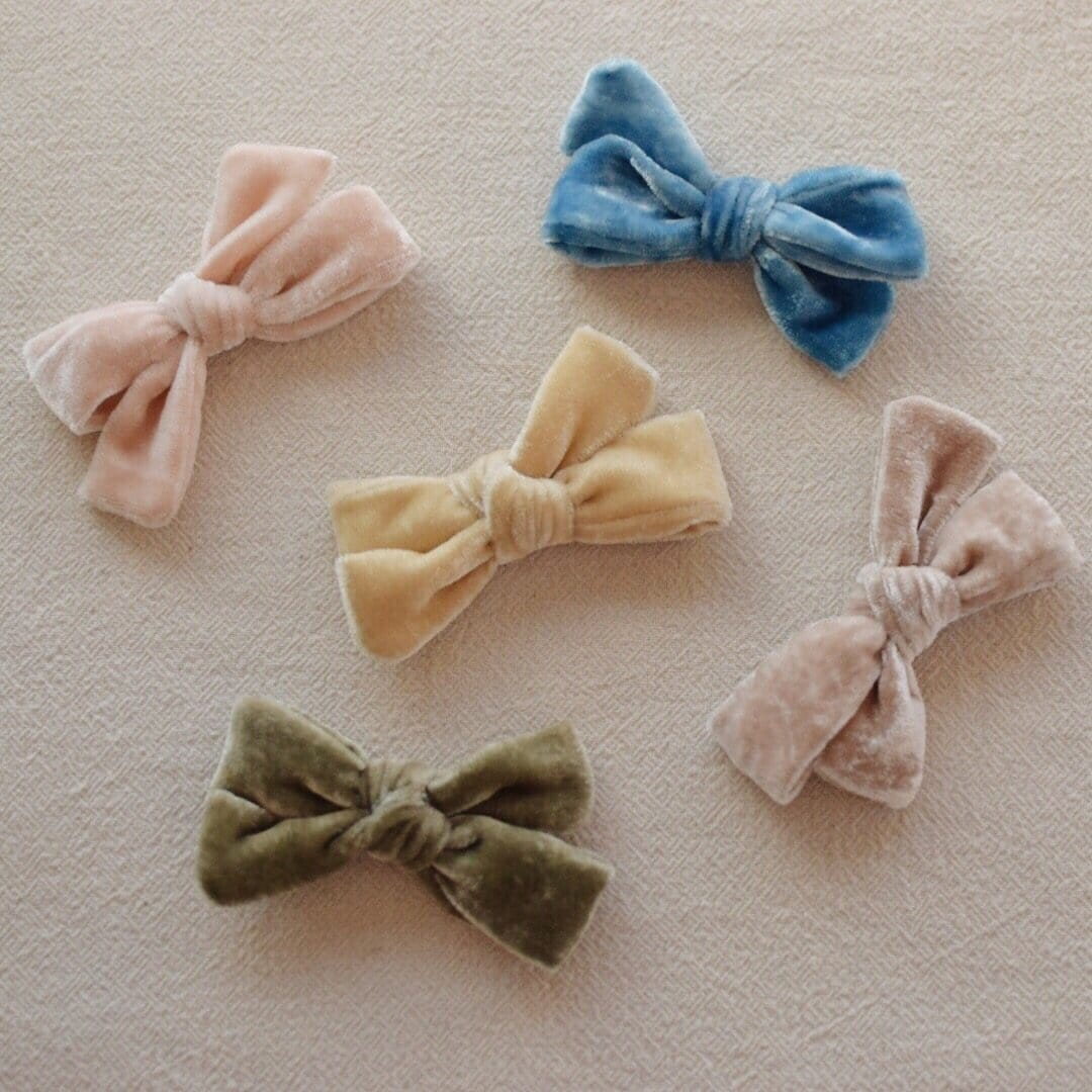 Silk Velvet Mini School Girl Assorted Bows on Clip