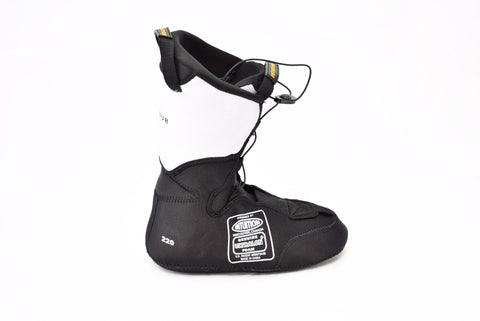 Intuition Boot Liner : Pro Tour - Fluid Motion Sports - Sproat Lake