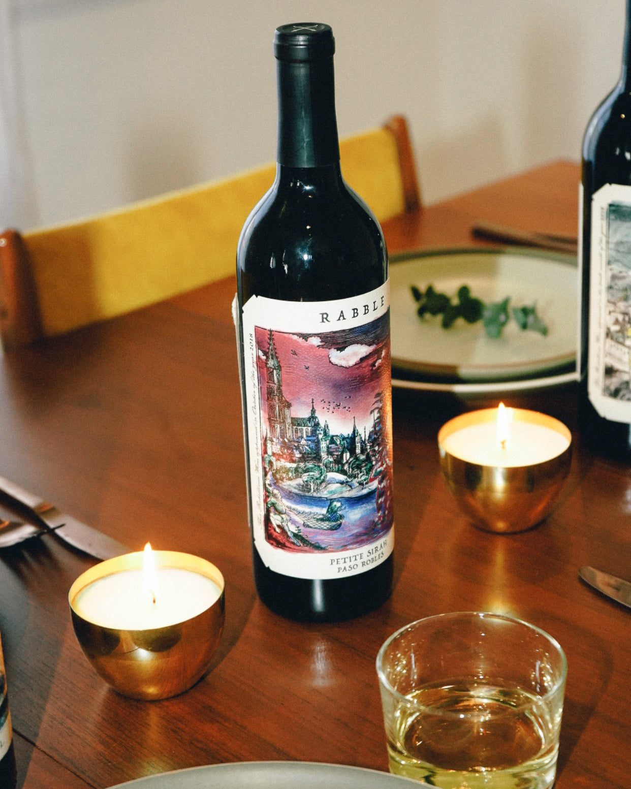 Rabble Paso Robles California Petite Sirah, a bold full-bodied red wine with Augmented Reality (AR) Labels