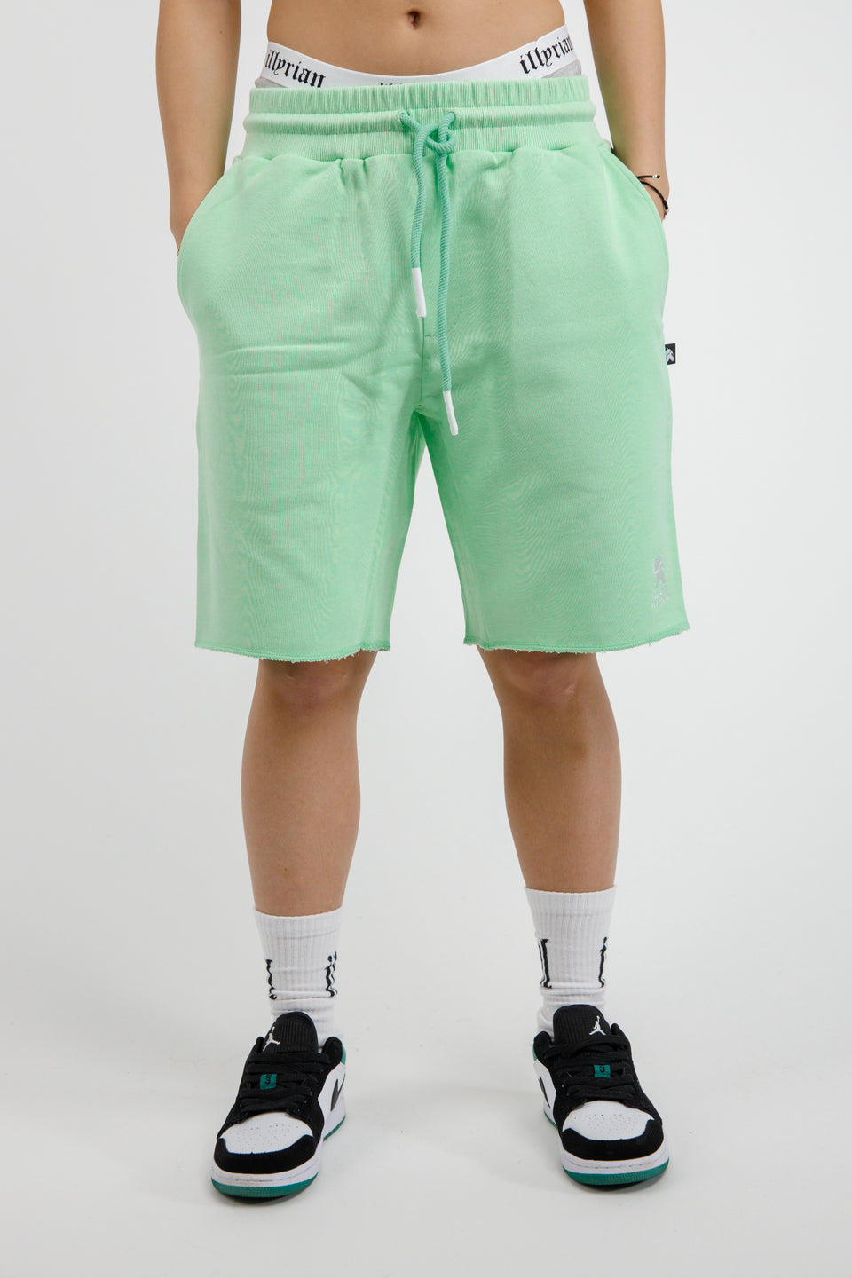 Illyrian Shorts – Pastel Green