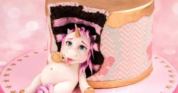 Unicorn Cake that Eat to Much