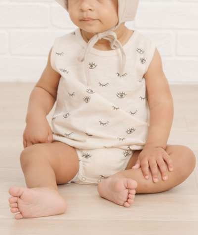 RYLEE + CRU EYES BUBBLE ONESIE / NATURAL