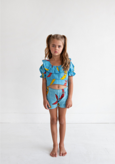 HUGO LOVES TIKI WOVEN RUFFLE CROP TOP / BANANA BLUE