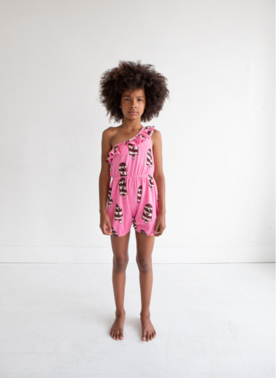 HUGO LOVES TIKI TERRY RUFFLE ROMPER / ICE CREAM PINK
