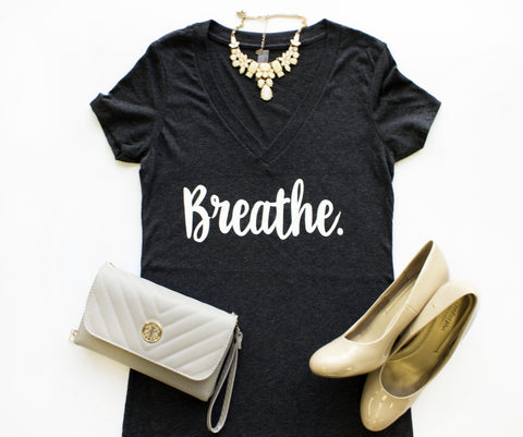 V-Neck - Breathe