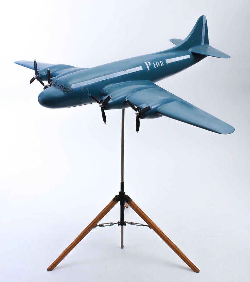 Display aircraft model larger P108 1940s D141