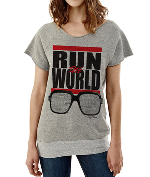 RUN THE WORLD-CUTOFF SLEEVE PULLOVER