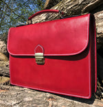 "Load image into Gallery viewer, 15"" Bilero Red Leather Briefcase"