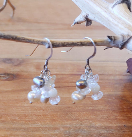 Snowy Pearl Cluster Earrings