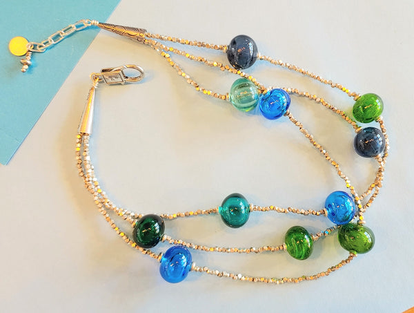 Singing the Blues Bubble Necklace