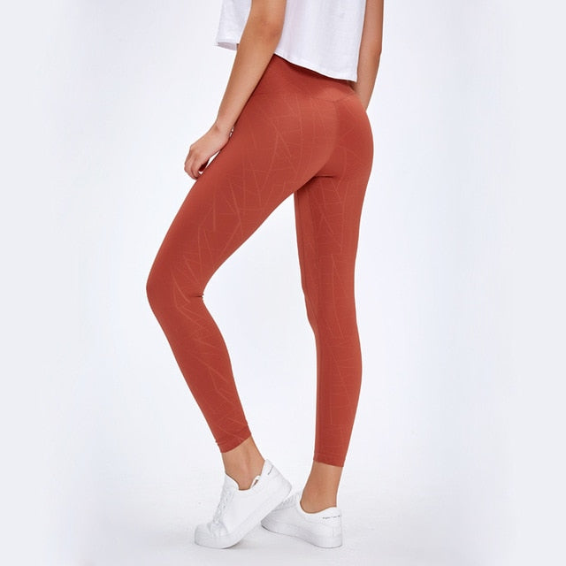 EXPLORING  Naked-Feel Leggings