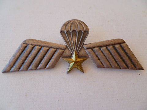 HOLLAND older metal a/b wing badge