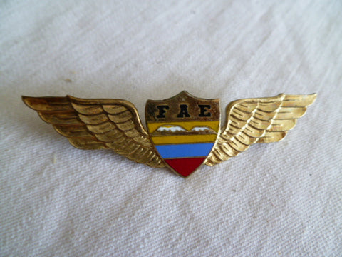EQUADOR airforce wing pilot local made