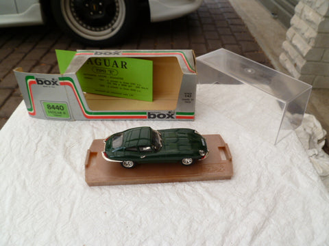 MODEL BOX 8440 jaguar E italy 1/43 near ef cond