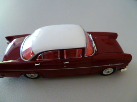 TRAX holden special red and white mint no box