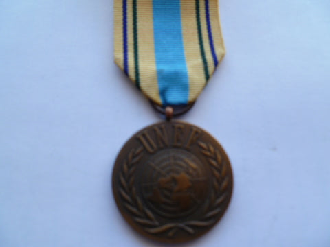 BRITAIN / commonwealth UNations UNEF medal old genuine