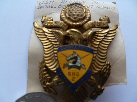 USA connecticut guard cap badge old ..............pn3362