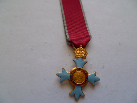brit mini medal of cbe good quality modern