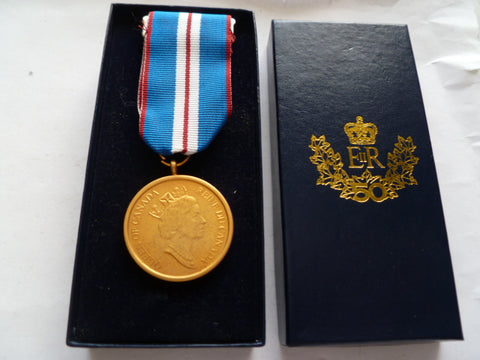 canada 2002 jubilee medal boxed as new cond