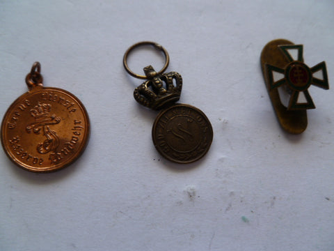 europe ww1 era mini medals 3 no ribbon on 2 and 1 lapel order