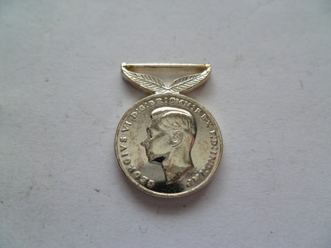nz ww2 mini medal govt issue current