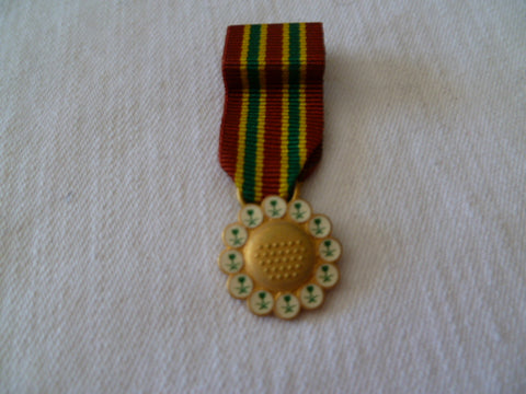 saudi arabia combat medal fo lib of kuwait mini mounted