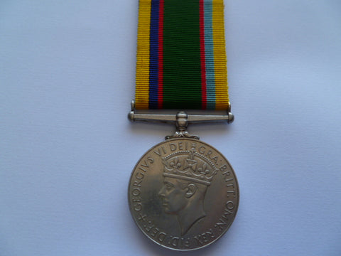 brit/c-wealth cadet forces LSGC medal to a major