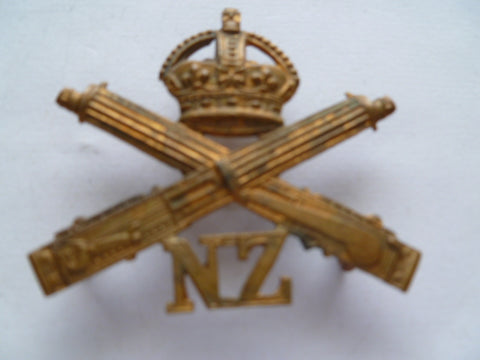NZ machine gun corps cap badge exc jr gaunt made