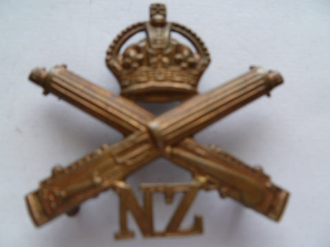 NZ machine gun corps cap badge exc