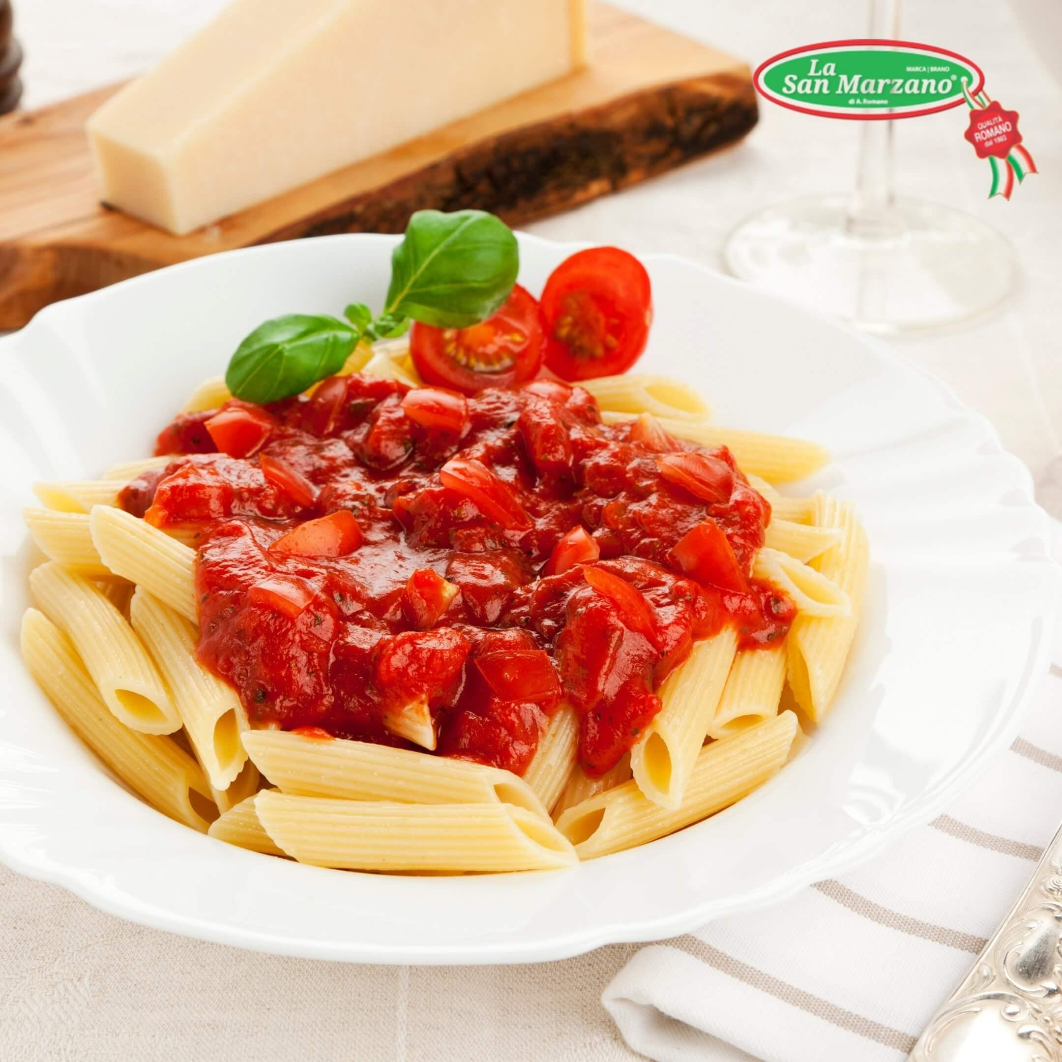 La San Marzano Roasted Garlic Pasta Sauce 24 oz.