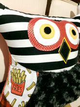 Load image into Gallery viewer, Owl Pillows