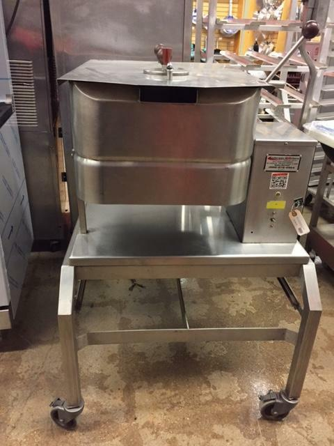 Groen TD/FPC 40 QT Commercial Electric Braising Pan On Stand W/ Casters - Used-cityfoodequipment.com
