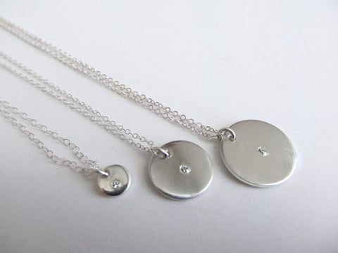 Delicate Solitaire Stone Necklace
