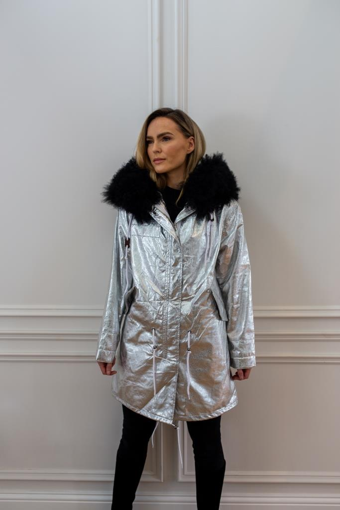 Silver parka - Classic parka jacket with black faux fur lining for and Mongolian fur hood made of sheep wool.