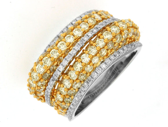 YELLOW DIAMOND & DIAMOND RING (WC7029Y)