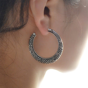 Flower Ornate Swirl Round Earring