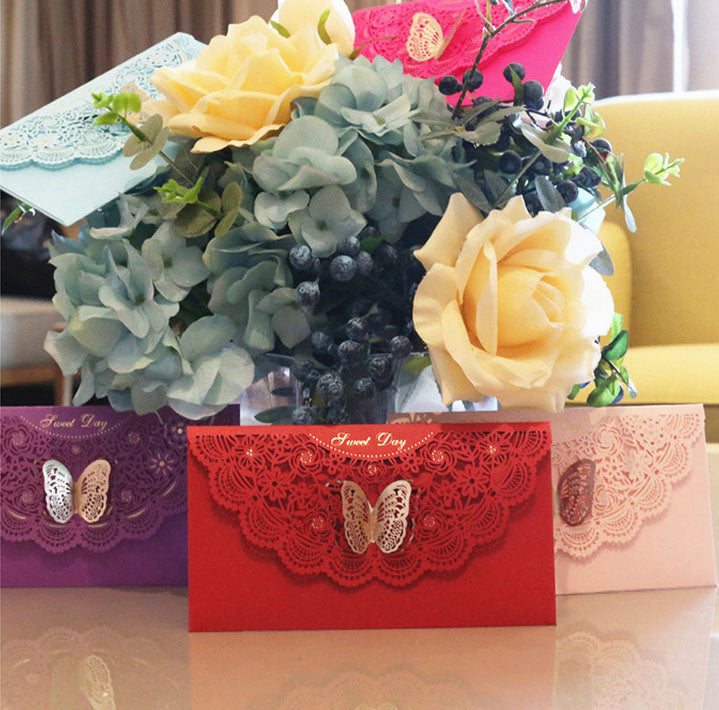 Lace-themed decorative envelope in various colours2