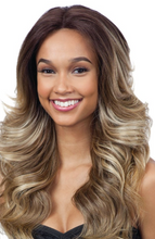 Load image into Gallery viewer, FREETRESS WIG CAMERON COLOR 1B